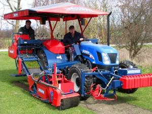 Skrælle maskinen som laver græsrullerne